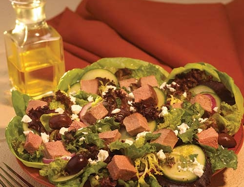 greek lamb salad with fresh mint dressing